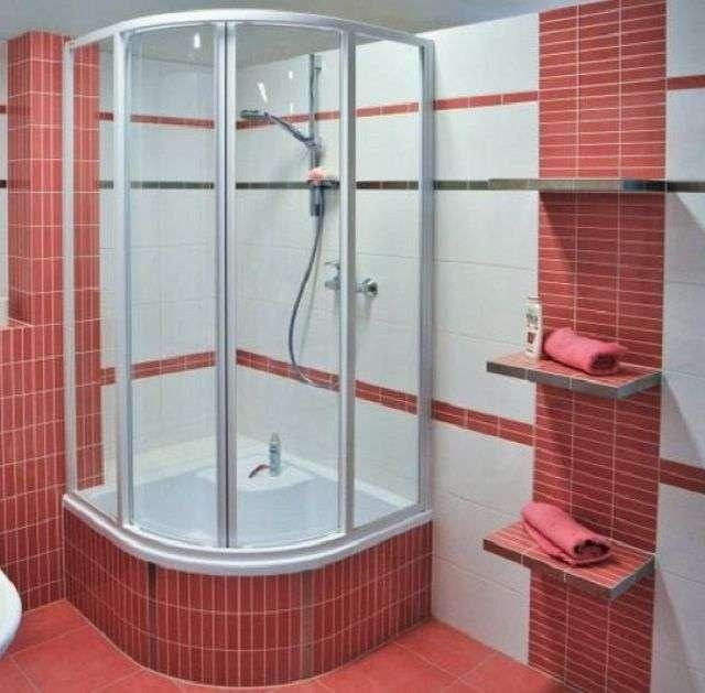 Як вибрати душову кабіну
