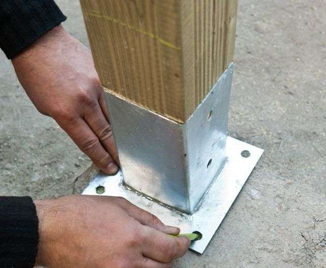 Як побудувати альтанку своїми руками