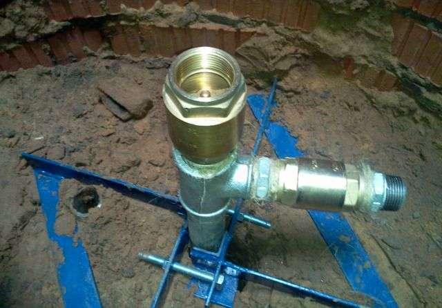 Ручний насос для води з свердловини