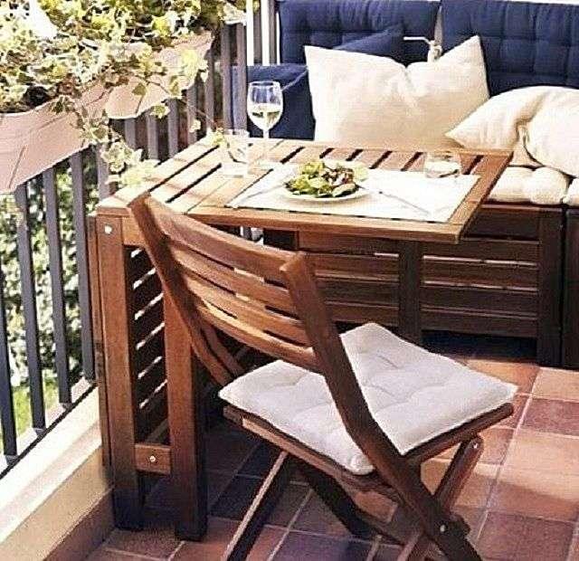 Відкидний столик на балкон своїми руками